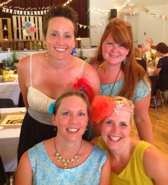 crafty ladies at thehappyhousie