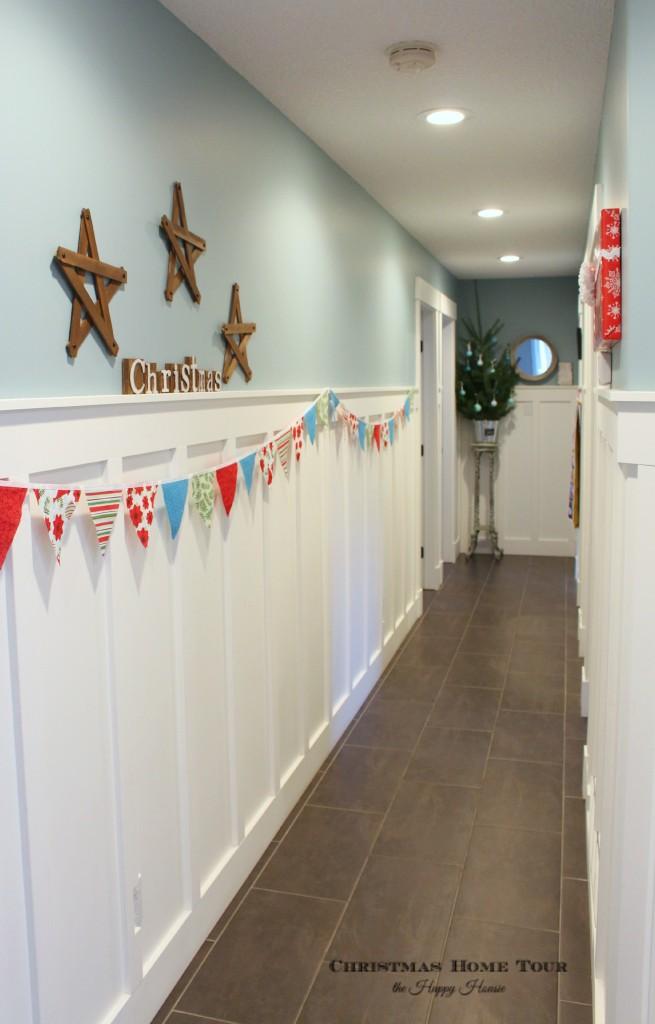 The Happy Housie Christmas Home Tour long hallway
