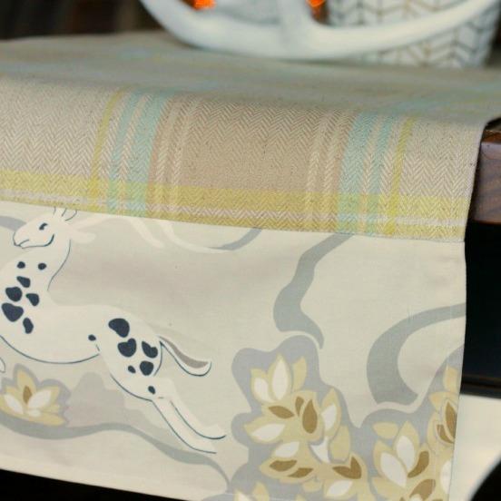 Fast & Easy Custom DIY Table Runner {Using Two Fabrics}