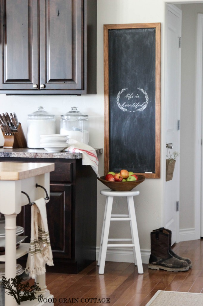 The Wood Grain Cottage Kitchen 4