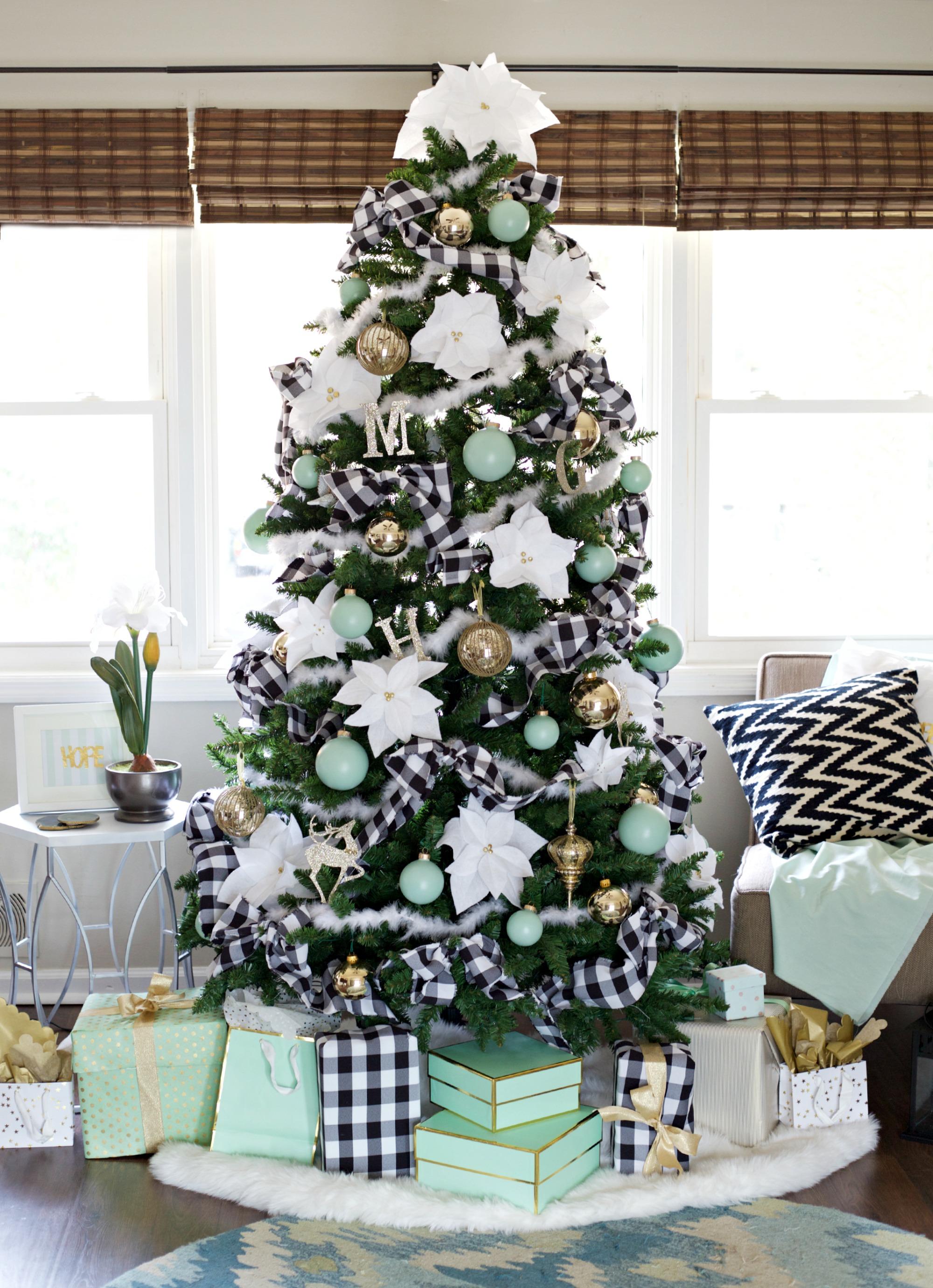 christmas-house-tour-2015-full-tree