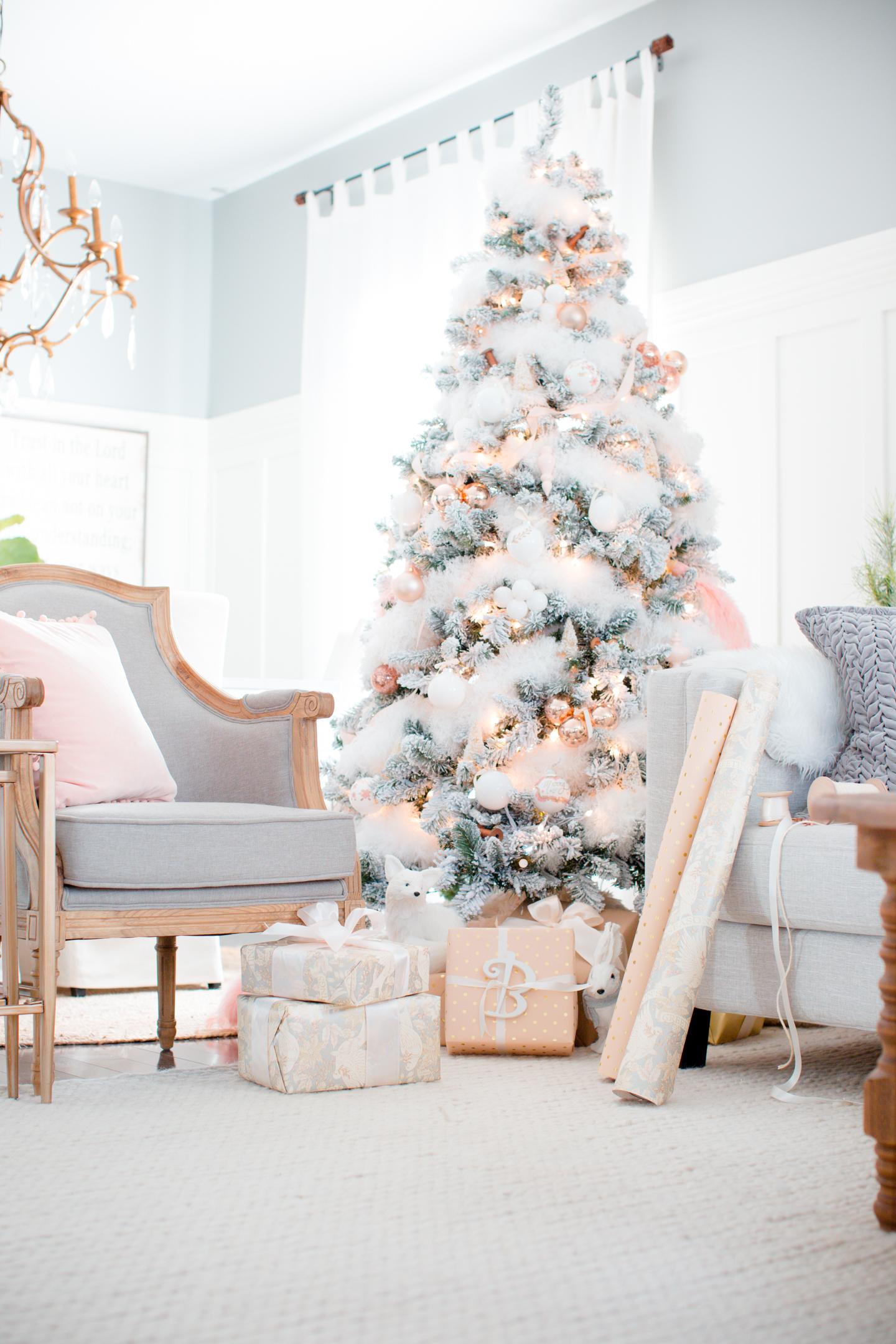 christmasfamilyroomcraftberrybush-24