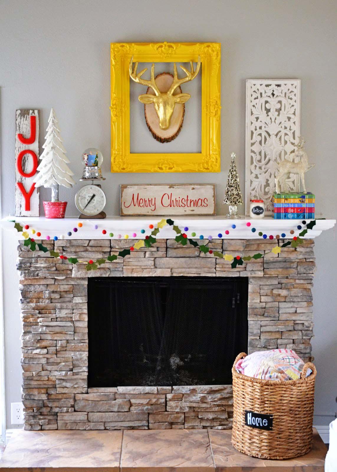 colorful-christmas-style-christmas-fireplace-11