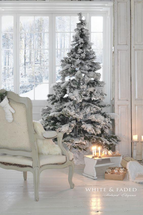 white-tree-simple