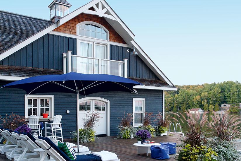 beautiful coastal blue exteriors the happy housie. Black Bedroom Furniture Sets. Home Design Ideas