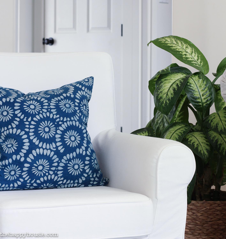 Beachy Blue & Green Summer Living Room Tour   The Happy Housie