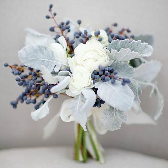Winter Wedding Flowers Ideas: Stunning Winter Wedding Bouquet Ideas