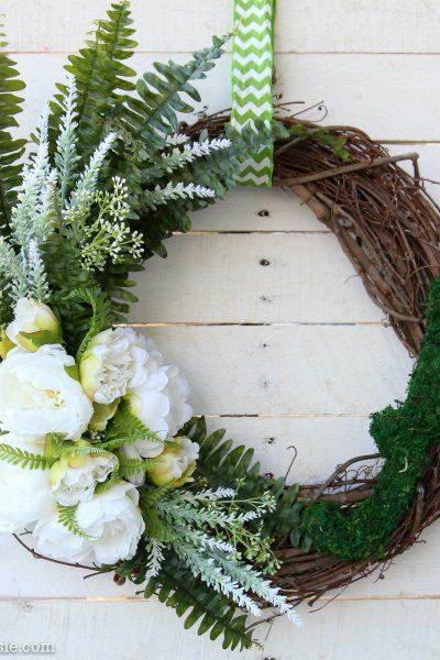 Quick & Easy DIY Monogram Spring Wreath